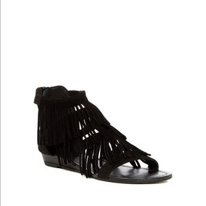 Like NEW! Madden Girl Suede Fringe Sandals